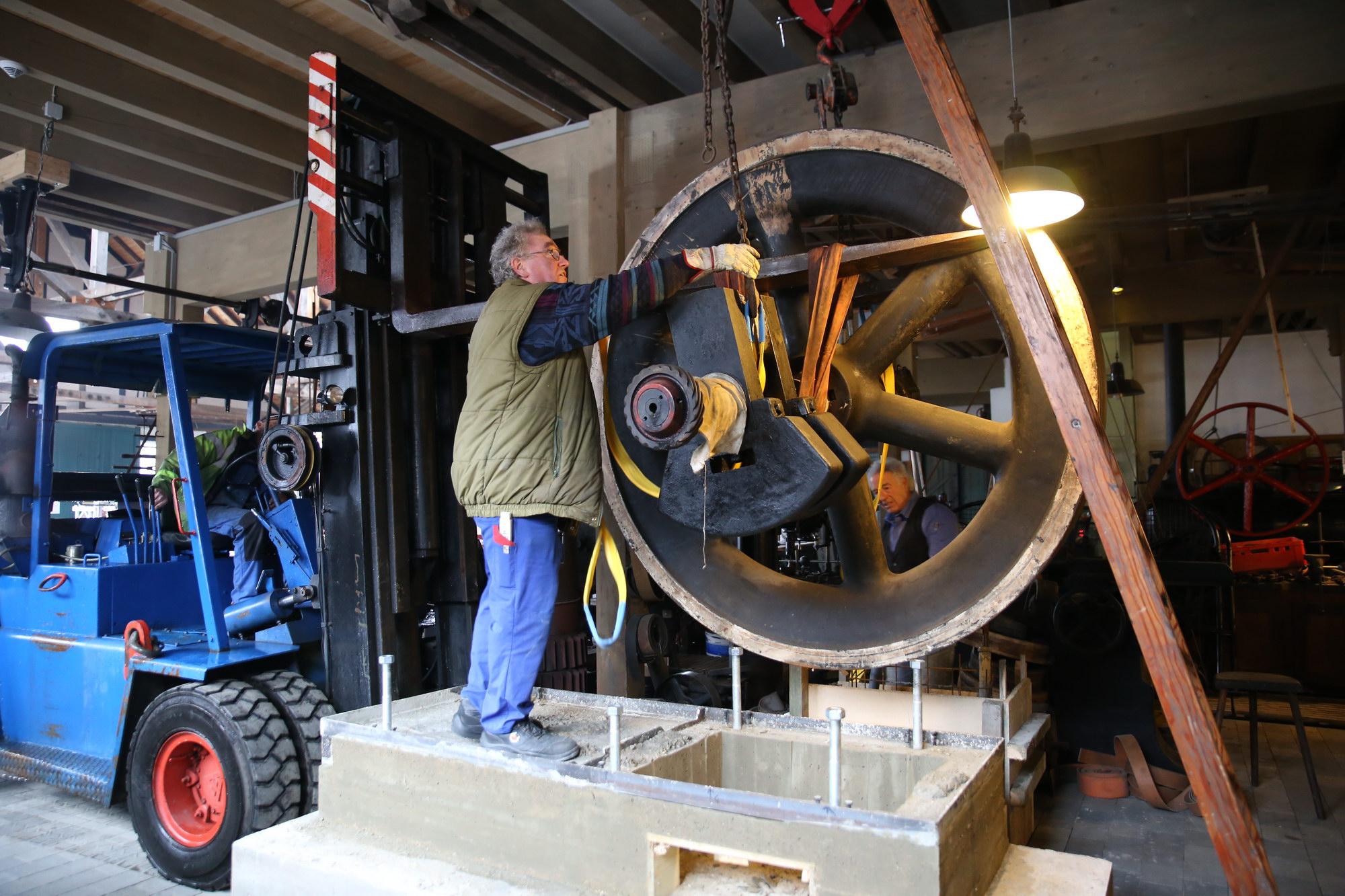 Schwungrad Herford Motor