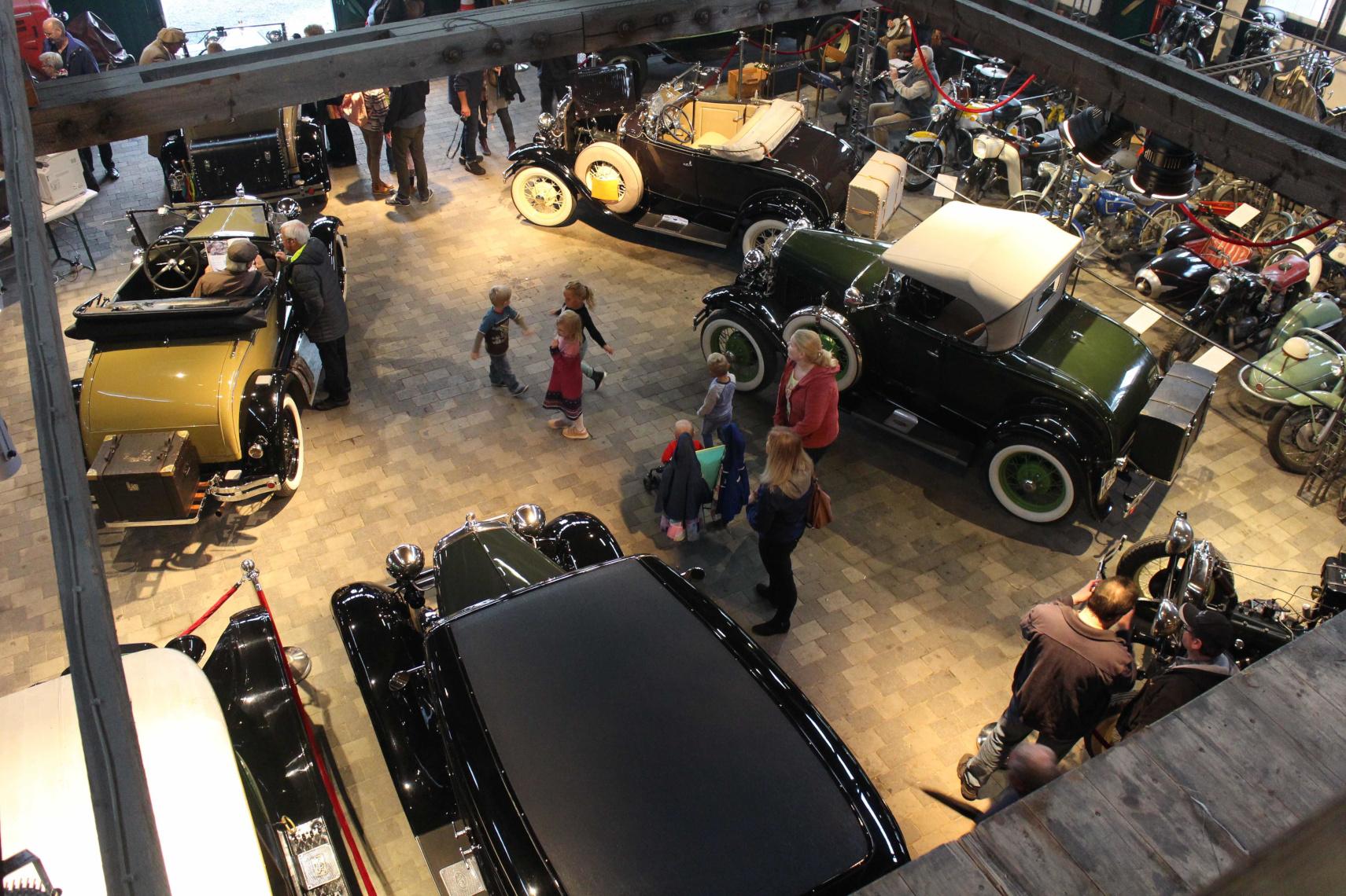 Cabrios, Roadster, Limousinen und vieles mehr ...